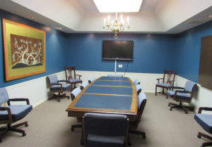 Cool and refined, Room #1 allows users an opportunity to relax and focus on the business at hand. Perfect for small board meetings or focus groups of 5-10 guests.